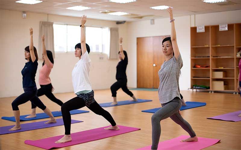 Globe-Union-Manufacture-yoga-800x500
