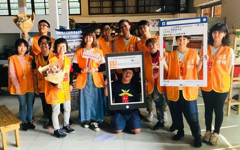 GlobeUnion_Faucet_Manufacturer_social_engagement_kid_drama_800x500_02